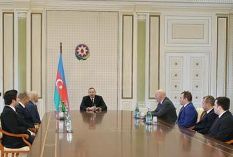 Azerbaijani president meets winners of European Team Chess Championship