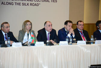 FM: Azerbaijan working to lure investments for new trade route's development