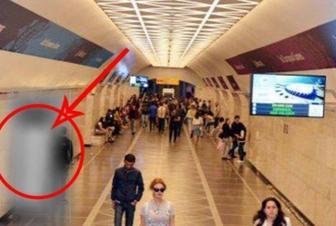 Bakı metrosunda gizli telefon var - Dəstəyi götürən zaman…